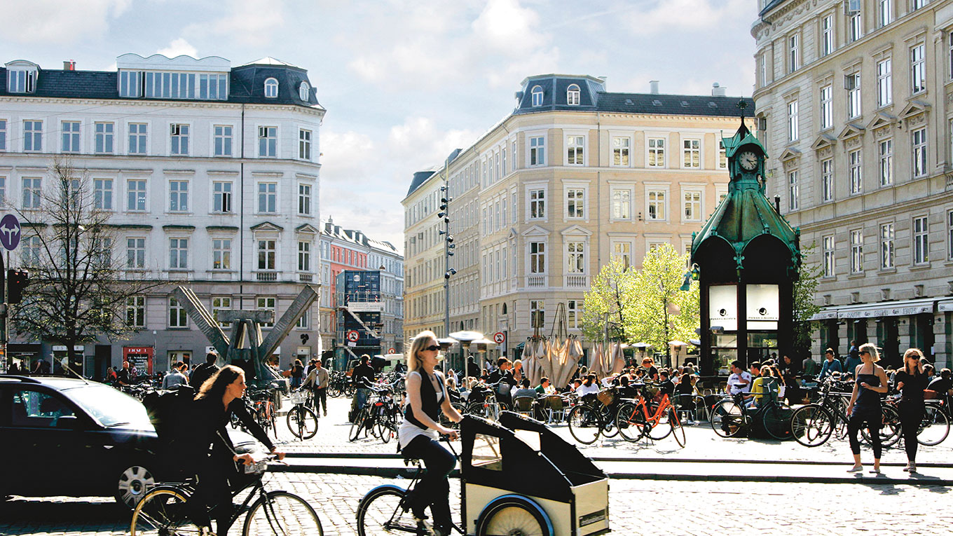 Urban Pedestrians and Cyclists in Copenhagen
