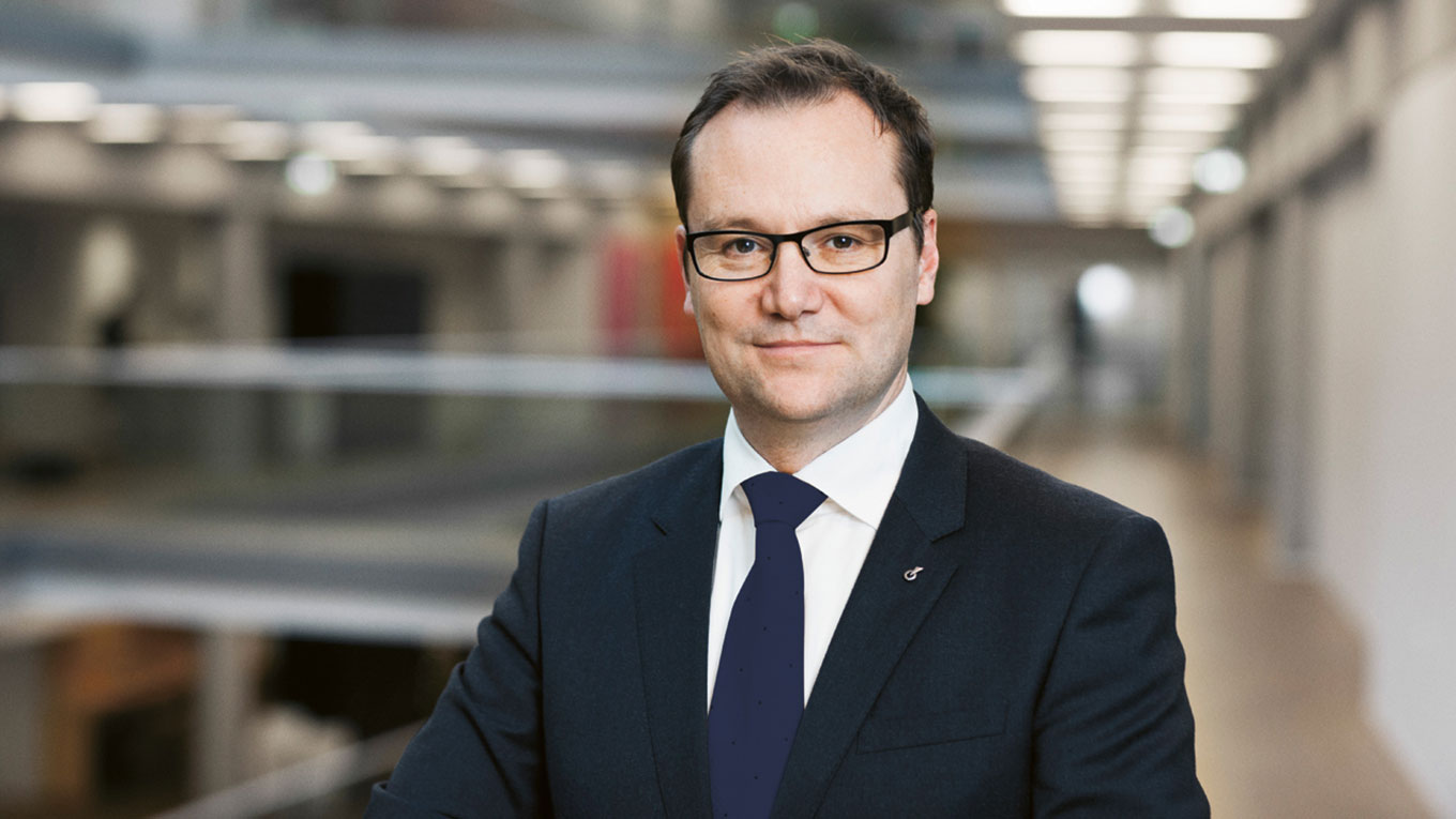 CEO Jens-Peter Saul
